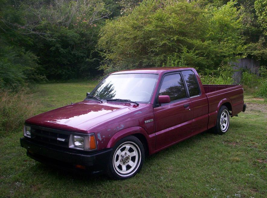 ponts 1992 Mazda B Series Truck photo
