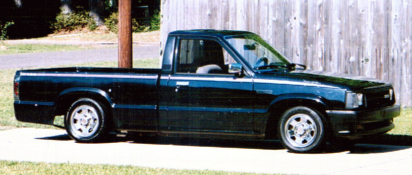 throwinsparksnlas 1992 Mazda B Series Truck photo
