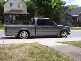 madmazdas 1990 Mazda B Series Truck photo thumbnail