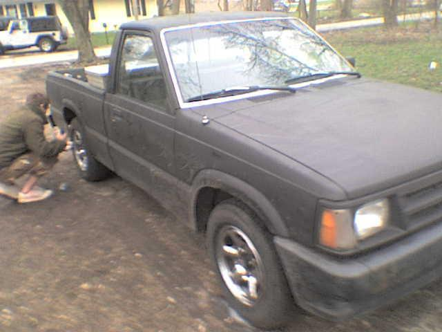 zakkwyldes 1987 Mazda B Series Truck photo