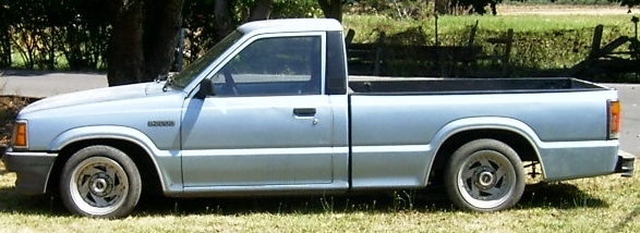 oregonmazdogers 1987 Mazda B Series Truck photo
