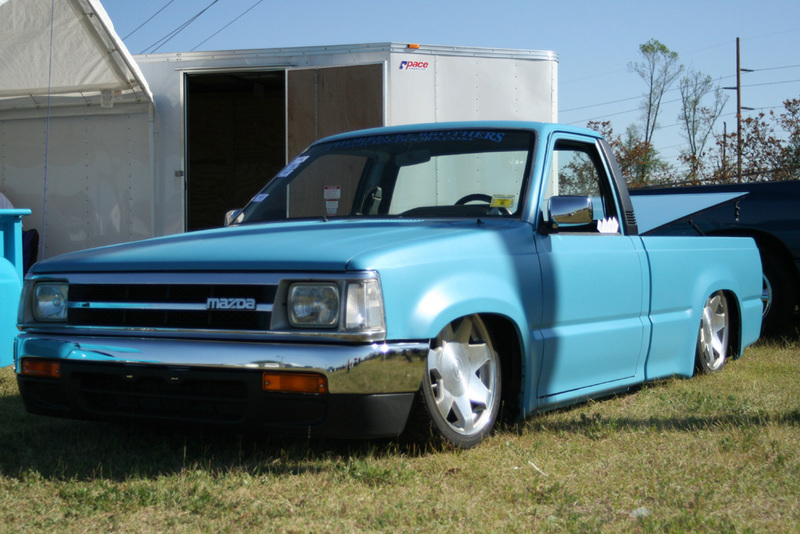 h2omelon(nick)s 1988 Mazda B Series Truck photo