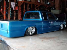toolow87s 1987 Mazda B Series Truck photo thumbnail