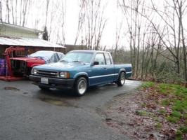 toddlucks 1988 Mazda B Series Truck photo thumbnail