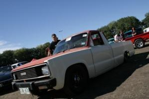 slammed84mazdas 1984 Mazda B Series Truck photo thumbnail