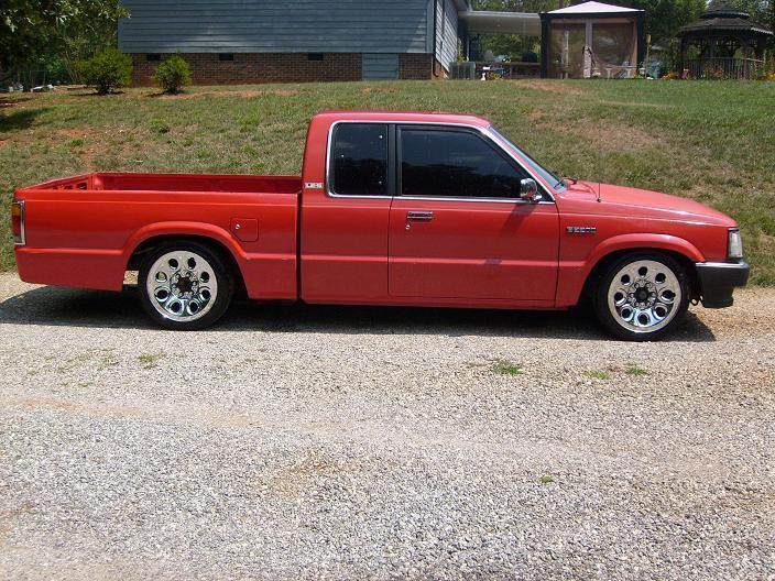 dropped90(justin)s 1990 Mazda B Series Truck photo