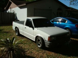 blkrains 1986 Mazda B Series Truck photo thumbnail