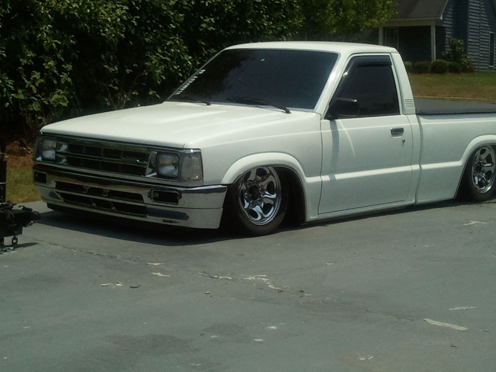 blkrains 1986 Mazda B Series Truck photo