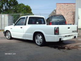 rocketalphas 1993 Mazda B Series Truck photo thumbnail