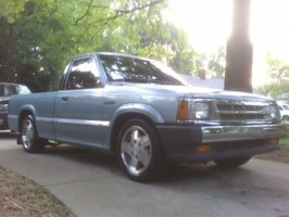 mazda_speed87s 1987 Mazda B Series Truck photo thumbnail