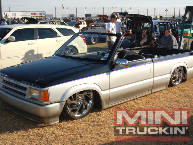 badchicn (rick)s 1991 Mazda B Series Truck photo