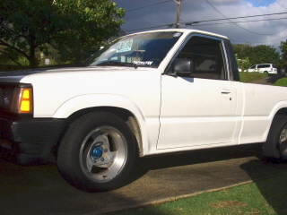 808hawaiians 1989 Mazda B Series Truck photo