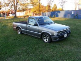 nightdwellas 1992 Mazda B Series Truck photo thumbnail