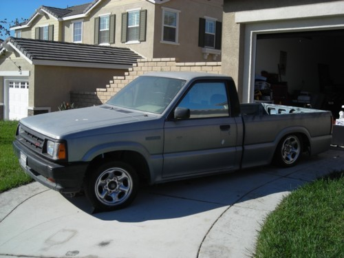 doubledamnits 1986 Mazda B Series Truck photo