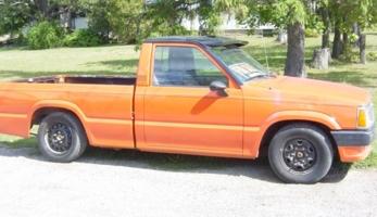 mattydiess 1991 Mazda B Series Truck photo thumbnail