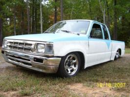 bagged_87s 1987 Mazda B Series Truck photo thumbnail