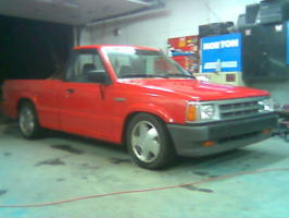 crazy 8ʹss 1988 Mazda B Series Truck photo thumbnail