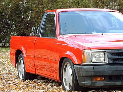 crazy 8ʹss 1988 Mazda B Series Truck photo