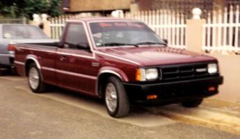 mazdaugs 1992 Mazda B Series Truck photo thumbnail