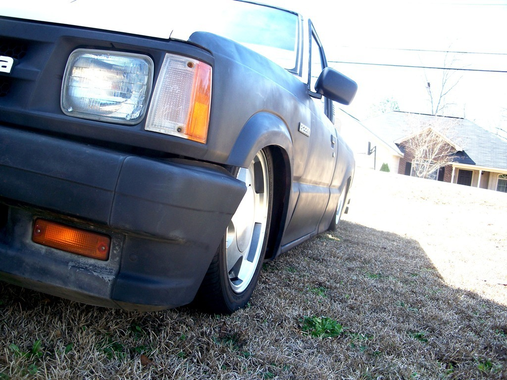 89onbagss 1989 Mazda B Series Truck photo