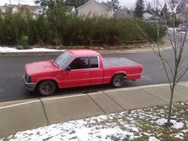 effdbmx1s 1987 Mazda B Series Truck photo thumbnail