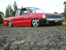rolos 1991 Mazda B Series Truck photo thumbnail