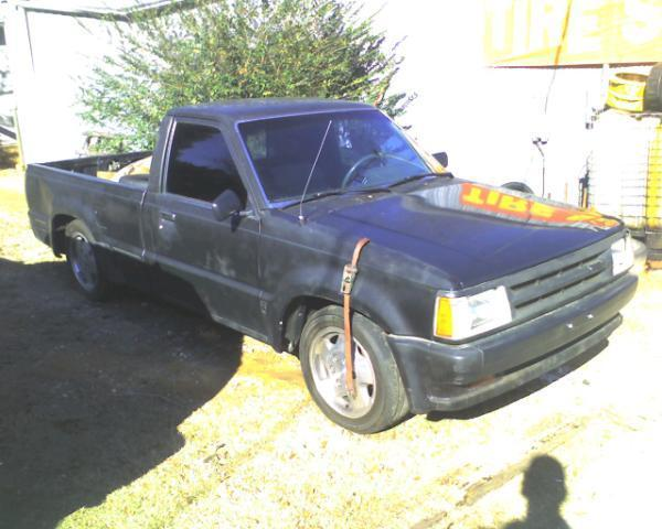deranged kustomss 1987 Mazda B Series Truck photo