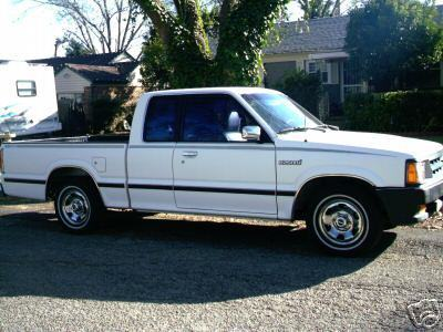 froggs 1991 Mazda B Series Truck photo