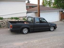 jesters 1987 Mazda B Series Truck photo thumbnail