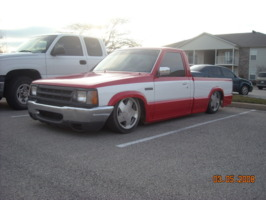 88bagged2200s 1988 Mazda B Series Truck photo thumbnail