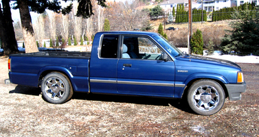 harris1s 1989 Mazda B Series Truck photo thumbnail