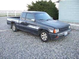 long roofs 1986 Mazda B Series Truck photo thumbnail