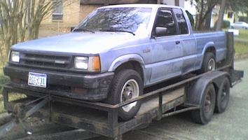 kilsoms 1987 Mazda B Series Truck photo thumbnail