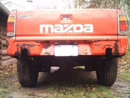 b2fe3s 1986 Mazda B Series Truck photo thumbnail