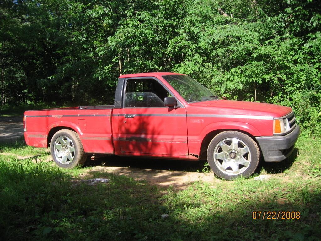 b2fe3s 1986 Mazda B Series Truck photo