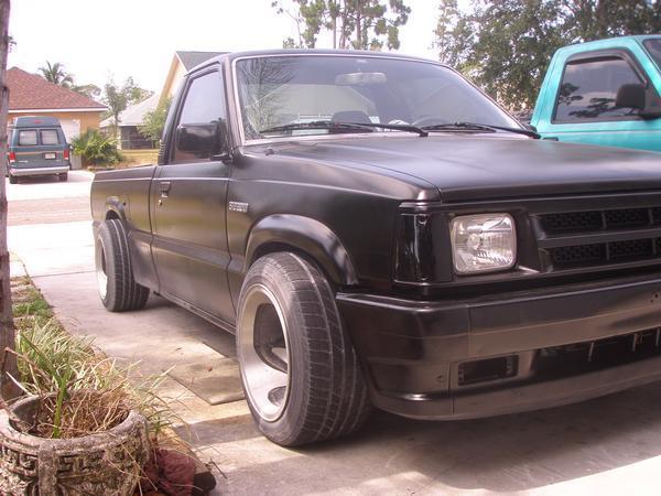 newguys 1988 Mazda B Series Truck photo