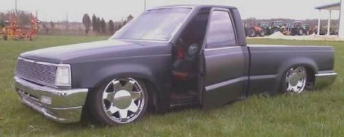 aaron_dwarnock90mazdas 1989 Mazda B Series Truck photo thumbnail
