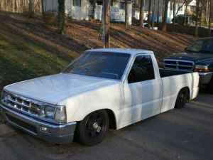 voodoochassiss 1992 Mazda B Series Truck photo