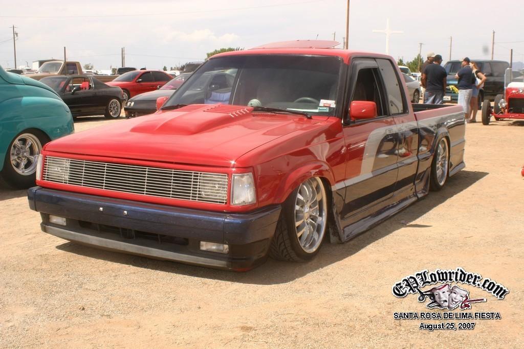 ayreshead79s 1988 Mazda B Series Truck photo