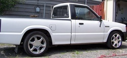 truckinfaviss 1987 Mazda B Series Truck photo thumbnail
