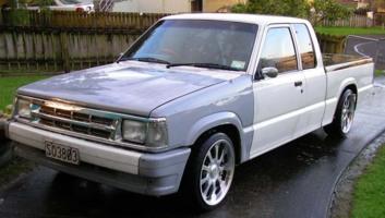 dvsdevs 1994 Mazda B Series Truck photo thumbnail