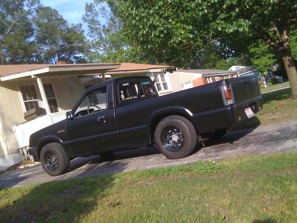 jjaros 1993 Mazda B Series Truck photo