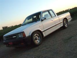 huskerduallys 1992 Mazda B Series Truck photo thumbnail