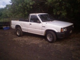 speed171kings 1990 Mazda B Series Truck photo thumbnail