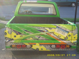 sosathesharks 1987 Mazda B Series Truck photo thumbnail