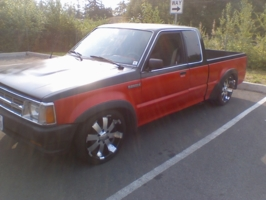 porkchop69s 1987 Mazda B Series Truck photo thumbnail