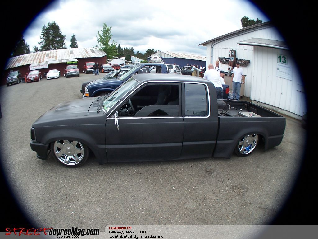 porkchop69s 1987 Mazda B Series Truck photo