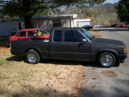 tim_rimers 1987 Mazda B Series Truck photo thumbnail