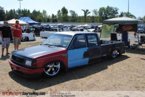 nc4lifes 1988 Mazda B Series Truck photo thumbnail