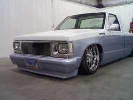lwrlvls 1985 GMC s15 photo thumbnail
